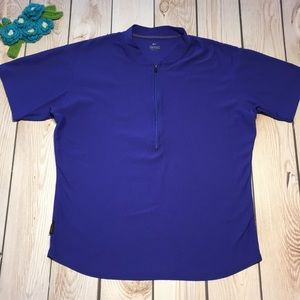 Nike women's dri-fit 1/2 zip short sleeve top